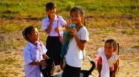 Una aproximación teórica a la Acción Humanitaria: del enfoque de Necesidades al de Derechos Humanos